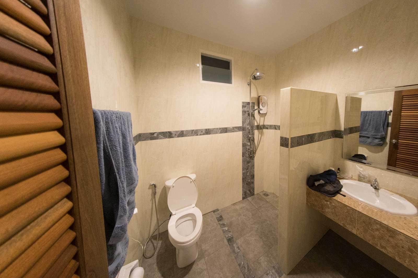 Baan Rom Pruk Badezimmer