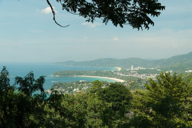 Ausblick auf die drei Buchten von Phuket