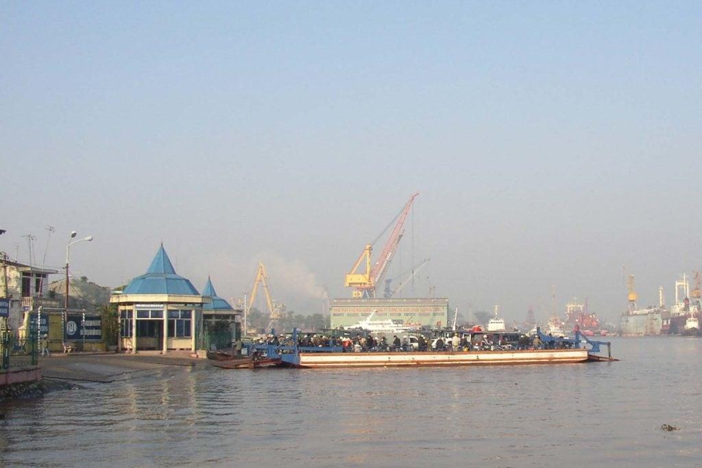 Haiphong Hafen Und Faehre Halong Bay Cat Ba